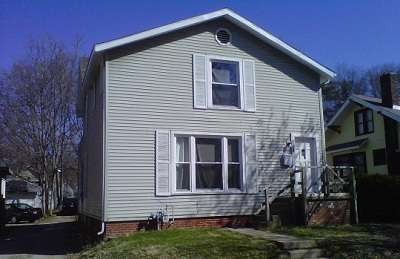 House: 218 West Lutz